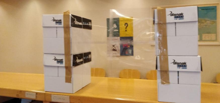 Sindicato USO-Asturias. Mamparas caseras en los juzgados asturianos